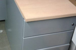 caisson-hauteur-bureau-metal-gris-hetre